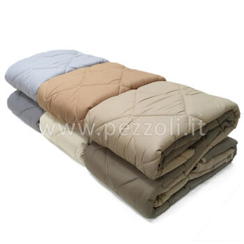 Quilted bedcover double face size double